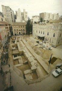 Muralla Islamica Murcia en Teatro Romea 205x300 La Muralla Islámica de la Madinat Mursiya