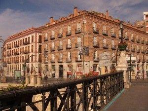 Hotel Victoria Murcia1 300x225 Placas para conocer nuestra historia, leyendas y curiosidades