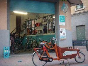 hospital de bicis Murcia 300x225 Hospital de Bicis en el Barrio del Carmen