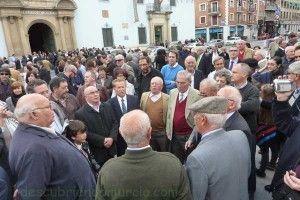 Auroros Plaza San Agustin Salzillos Murcia 300x200 Los Auroros cantan a los Salzillos