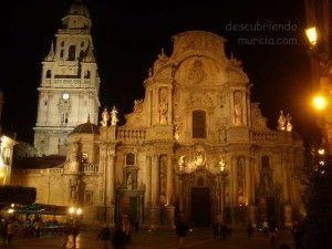 Catedral de Murcia 300x225 Los pecadores que pagaron la Catedral de Murcia