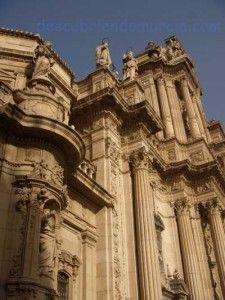 Catedral de Murcia 225x300 La paloma de Sto Tomás en la Catedral de Murcia