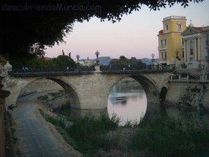 puente Viejo Murcia rio Segura 300x225 Los nombres del río Segura