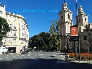 Plaza Gonzalez Conde Murcia 300x225 Plaza Lenin y Barrio de La Pasionaria en Murcia
