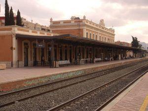 estacion tren Murcia barrio Carmen 300x225 Isabel II y su extraño viaje de Cartagena a Murcia