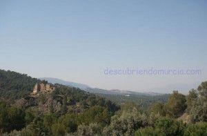 Castillo de la Luz El Valle Murcia 300x197 El Castillo islámico de La Luz en Murcia