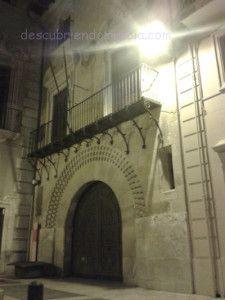 Palacio de los Pacheco Murcia 225x300 Palacio de los Pacheco en Murcia y su arco de medio punto