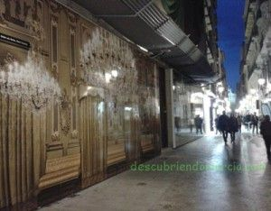 foto Traperia Joaquin Zamora Murcia 300x234 Fotos gigantes en las calles del casco histórico de Murcia