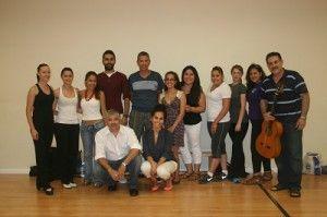 Alumnos Dominican University California aprenden flamenco Murcia 300x199 Alumnos de la Dominican University de California, aprenden flamenco en Murcia