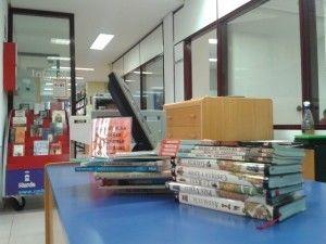 Biblioteca Murcia 300x225 Biblioteca Murcia. Los libros no se tiran, se donan...