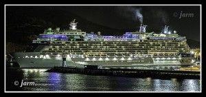 Puerto de Cartagena Celebrity Equinox 300x142 Una de cruceros en el puerto de Cartagena