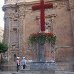 Plaza de la Cruz y la primitiva iglesia Catedral de Murcia
