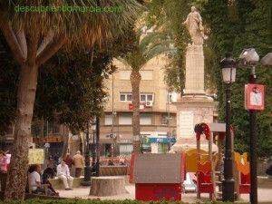 jardin Floridablanca Murcia La reciclada estatua del Conde de Floridablanca