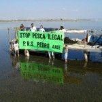 Pescadores furtivos en La Encañizada del Mar Menor