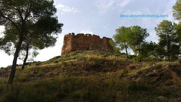 Castillo Murcia La Luz Descubiertos unos túneles bajo el Castillo de La Luz en Murcia
