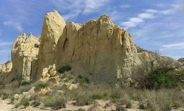 rio chicamo abanilla Badlands en la Región de Murcia. Barrancos de Gebas en Sierra Espuña